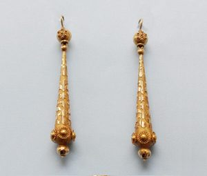 Antique Georgian 18ct Yellow Gold Torpedo Drop Earrings, Circa 1820