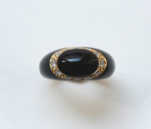 Van Cleef and Arpels Onyx, Diamond and 18ct Gold Fidji Ring
