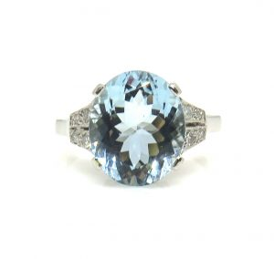 Vintage Oval Aquamarine and Diamond Dress Ring