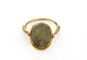 Egyptian Faience Scarab Amulet Reversible Ring in 22ct Yellow Gold