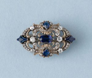 Antique Victorian 3.77ct Sapphire and Diamond Brooch in 18ct Gold