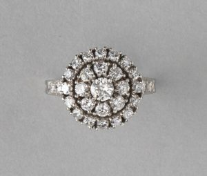 Tiffany and Co Vintage 1.75ct Diamond and Platinum Circular Cluster Ring