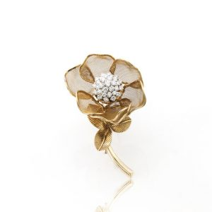 Vintage Cartier Diamond and Gold Rose Flower Moveable Brooch, with articulated petals, 2.25 carat total, Made in France, 1955