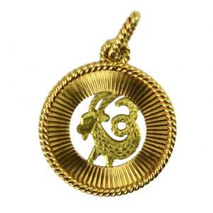 French 18ct Gold Zodiac Capricorn Charm Pendant