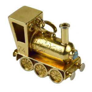 18ct Yellow Gold Steam Train Engine Charm Pendant