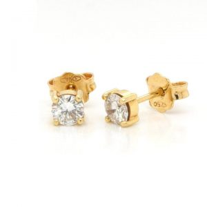 Pair of Diamond Single Stone Earrings in 18ct Yellow Gold, 0.47 carats