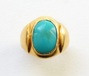 Antique Victorian Cabochon Turquoise and Gold Signet Ring