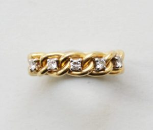 Vintage Diamond and 18ct Yellow Gold Chain Link Ring