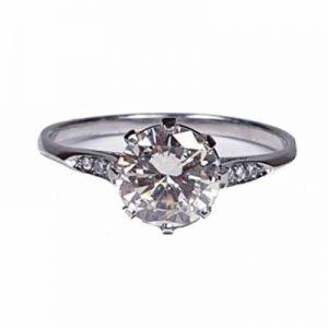 Vintage 1.05ct Solitaire Diamond Engagement Ring in Platinum