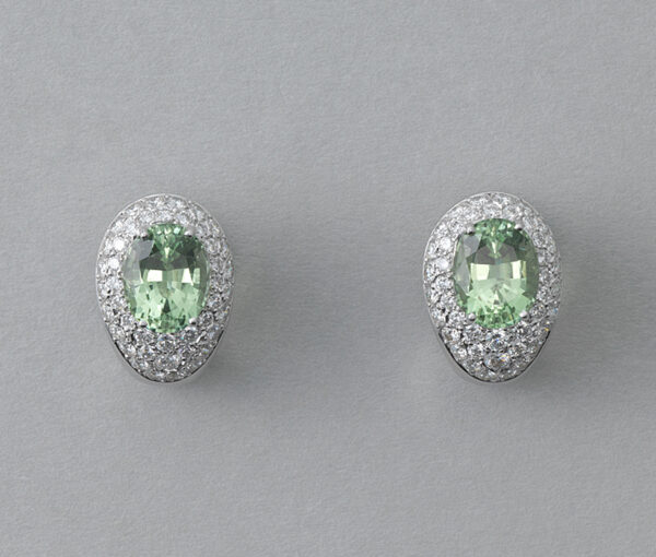 Contemporary Green Tourmaline and Diamond Cluster Stud Clip On Earrings
