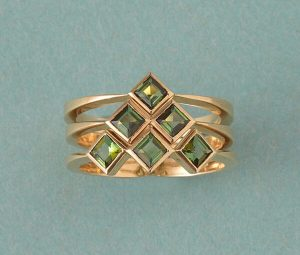 Contemporary Set Of Three Green Tourmaline and 18ct Yellow Gold Rings