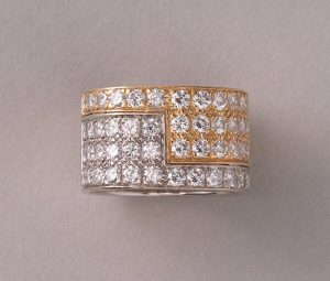 Vintage Diamond and Bi Colour 18ct Gold Band Ring, 2.50 carats