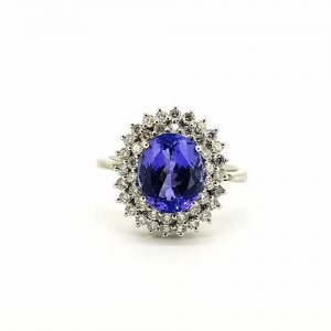 Tanzanite and Diamond Cluster Ring in 18ct White Gold, 5.60 carats