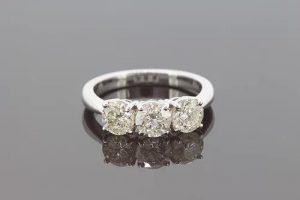 Three Stone Diamond Ring in 18ct White Gold, 2.25 carats