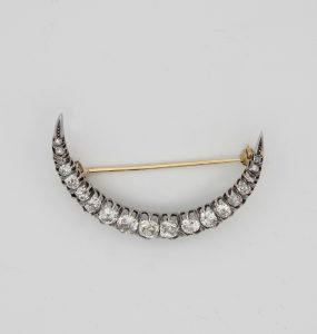 Antique Victorian 2.20ct Old Mine Cut Diamond Crescent Moon Brooch, 18ct Gold