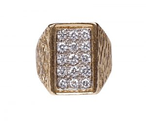 Vintage 1960s Retro Diamond and Textured 18ct Gold Dress Ring