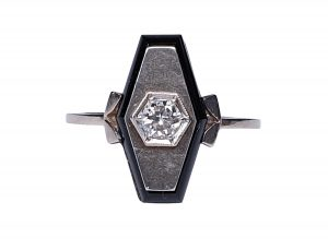 Art Deco French Old Cut Diamond and Onyx Lozenge Plaque Ring