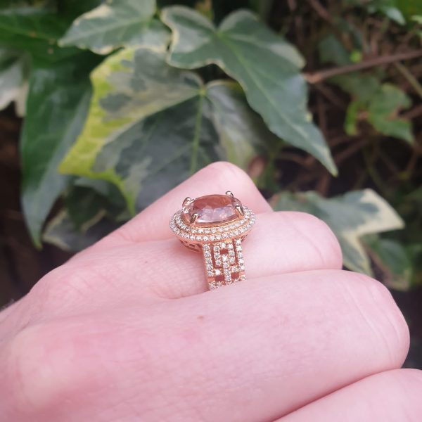 Morganite and Diamond Oval Cluster Dress Ring in 18ct Rose Gold, 2.54 carats