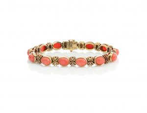 Van Cleef and Arpels Vintage Coral and 18ct Gold Bracelet, Circa 1970s