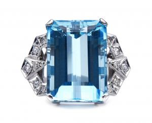 Antique Art Deco 17cts Aquamarine and Diamond Ring