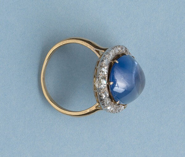 Antique Edwardian 16ct Cabochon Cut Sapphire and Rose-Cut Diamond Oval Cluster Ring;