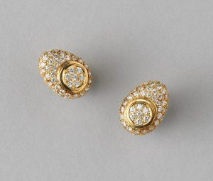 Diamond Cluster Stud Earrings in 18ct Yellow Gold, 2.00 carat total