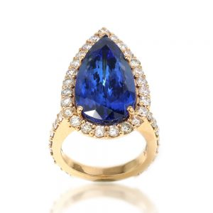 Vintage Pear Cut Tanzanite and Diamond Cluster Ring, 12 carats Certified
