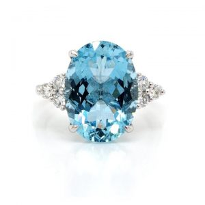Oval Cut Aquamarine Ring with Trefoil Diamond Shoulders, 6.75 carats
