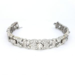 Fine Decorative Platinum and Diamond Bracelet, 11.00 carat total