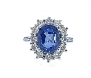Natural 3.14 Carat Sapphire and Diamond Cluster Ring