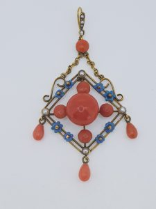 Cabochon Cut Coral and Pearl Pendant in 15ct Gold