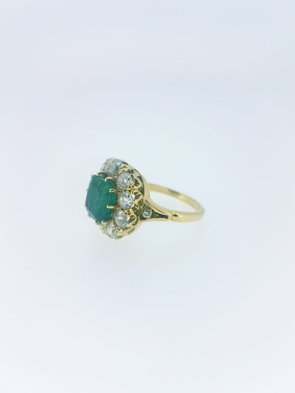 Emerald and Diamond Cluster Ring in Yellow Gold, 3.65 carats