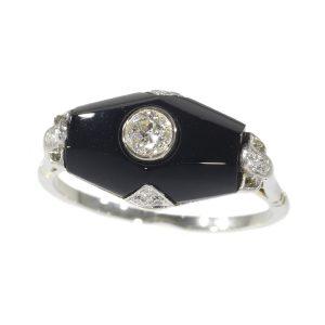 Vintage Art Deco Diamond and Onyx 18ct White Gold Ring