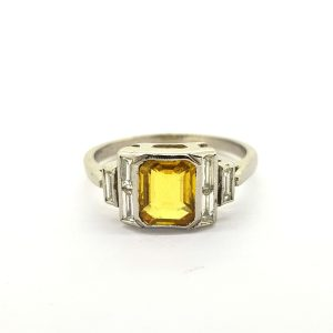 Yellow Sapphire and Diamond Dress Ring in 18ct White Gold, 1.40 carats