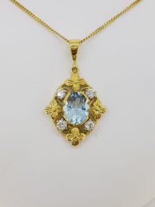 Vintage 1940s Aquamarine and Diamond Pendant in 18ct Yellow Gold