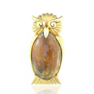 Wang Hing Moss Agate and Yellow Gold Owl Brooch