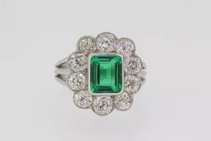Colombian Emerald and Old Cut Diamond Cluster Ring, 2.20 carats