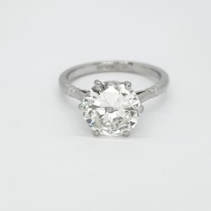 Single Stone Diamond Solitaire Engagement Ring in Platinum, 2.59 carats