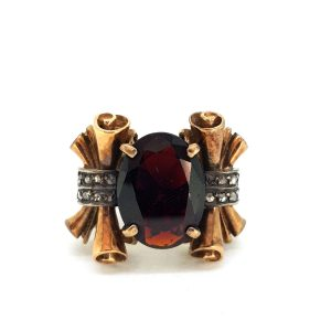 Antique Garnet and Scrolled Gold Dress Ring