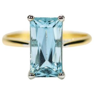 Vintage 2.91ct Aquamarine Solitaire 18ct Yellow Gold Dress Ring